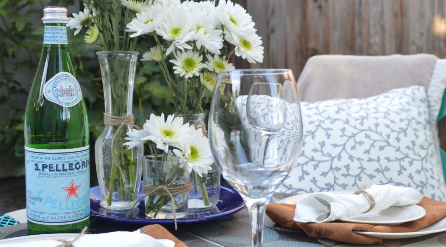 5 Clever Tips for Throwing a No-Stress Summertime Dinner