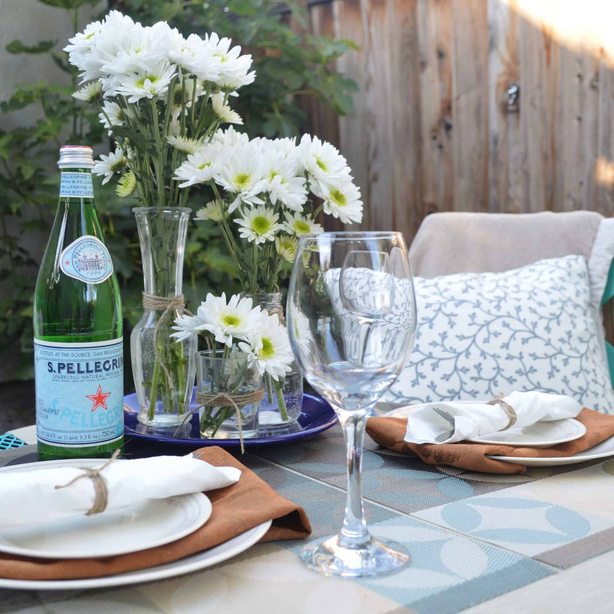 How to Throw a No-Stress Summertime Dinner