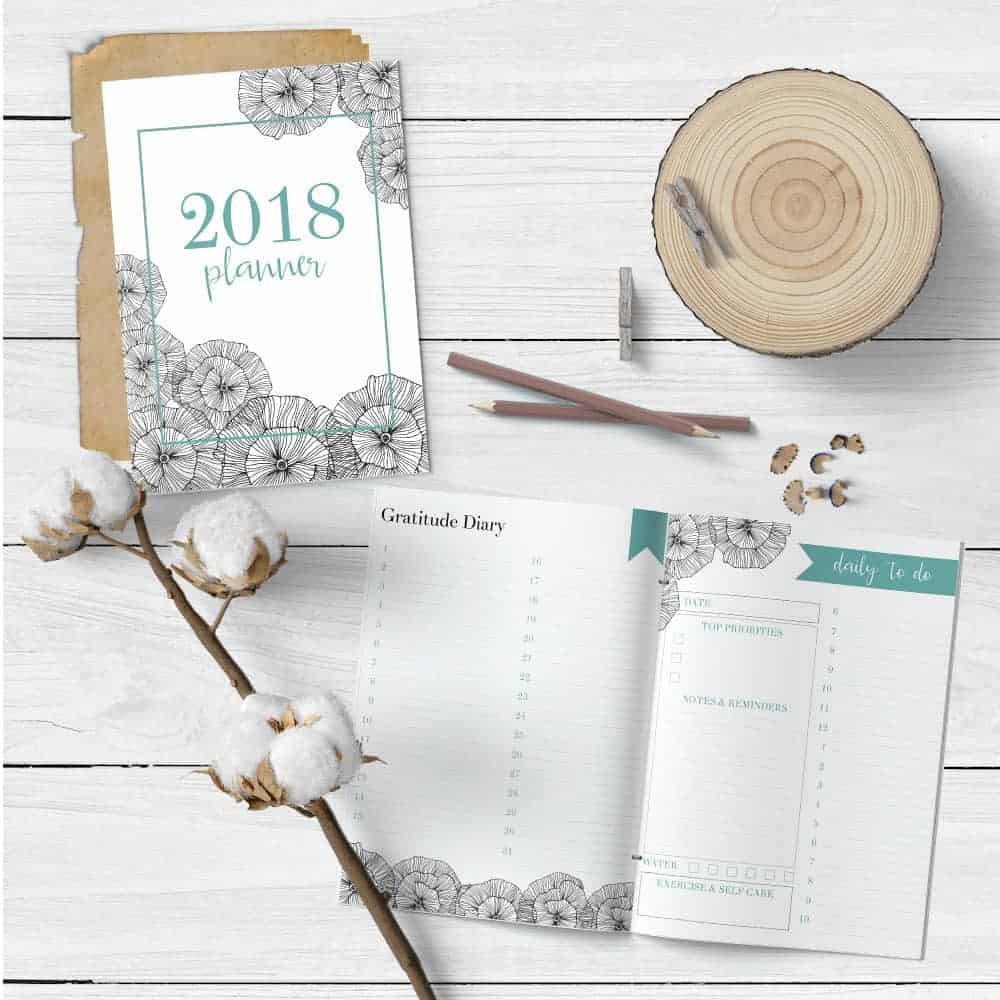 2018 free calendar printable on a white wood rustic background
