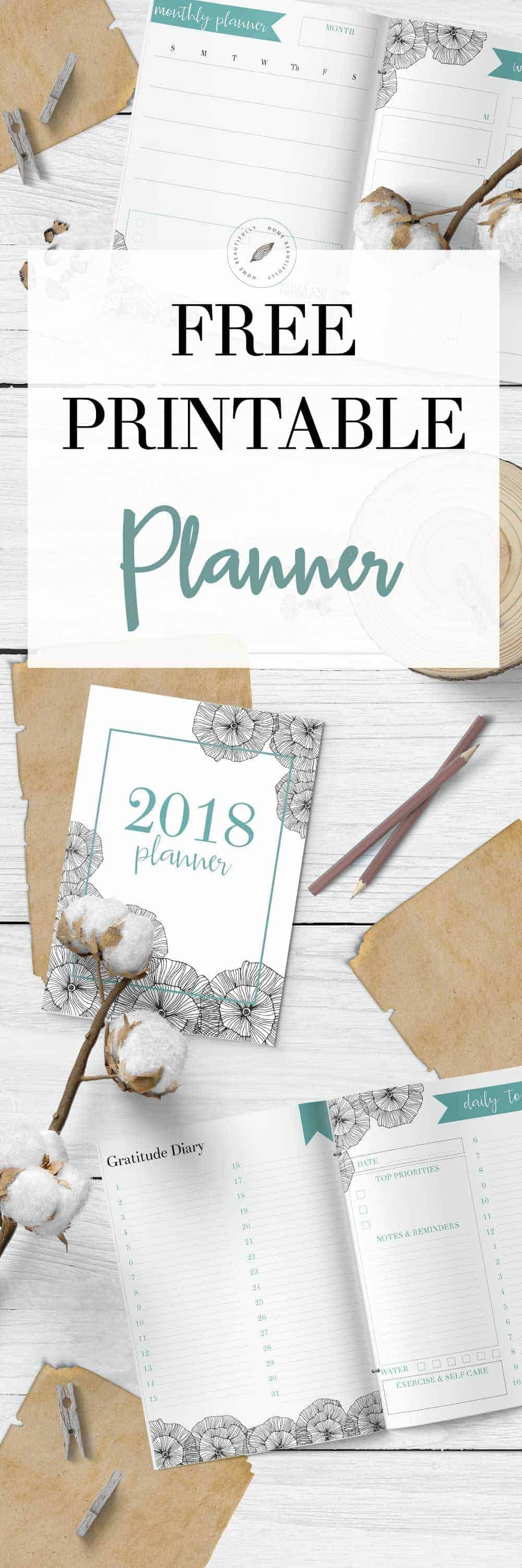 2018 free printable calendar on a wooden background